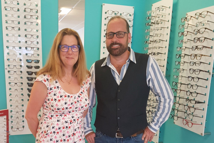 Anne Gill Eyecare Portsmouth - 2000th customer